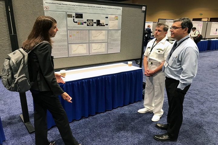 poster session image 2.jpg