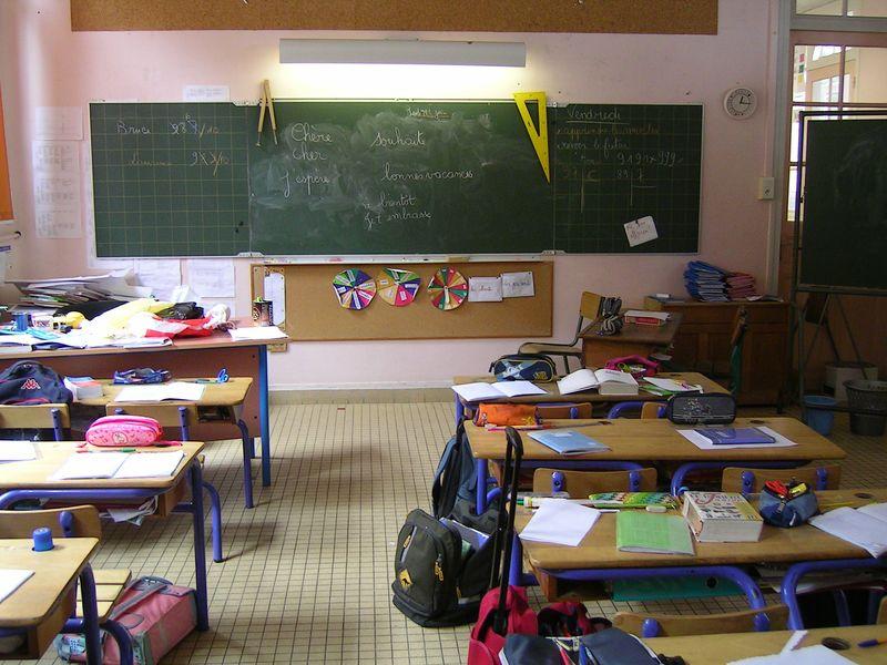 Ecole_-_Salle_de_Classe_2-1.jpg