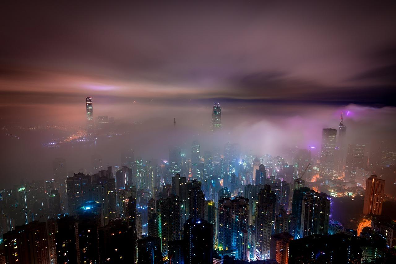 clouds-2517653_1280.jpg