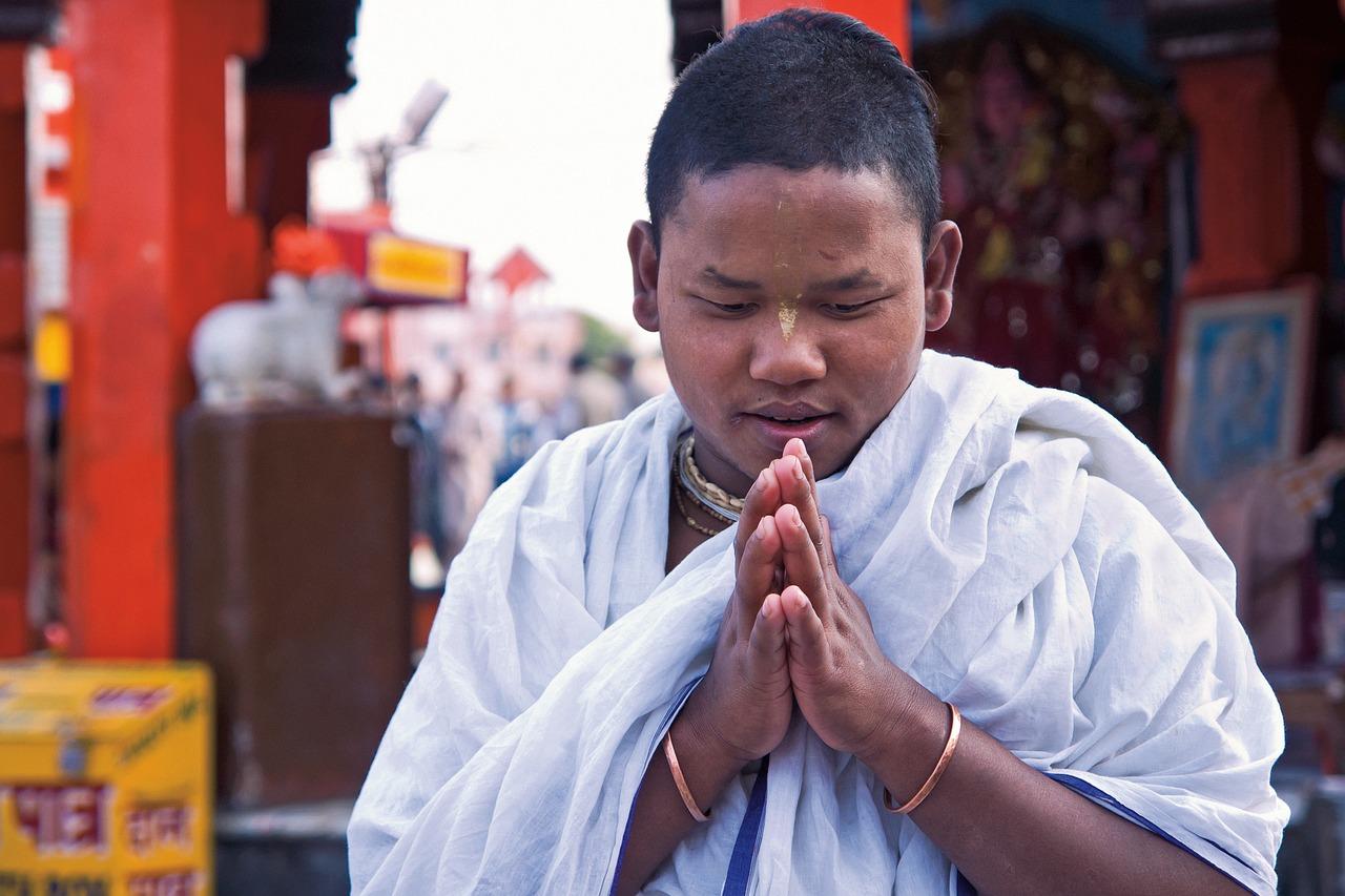 pray-1129924_1280.jpg