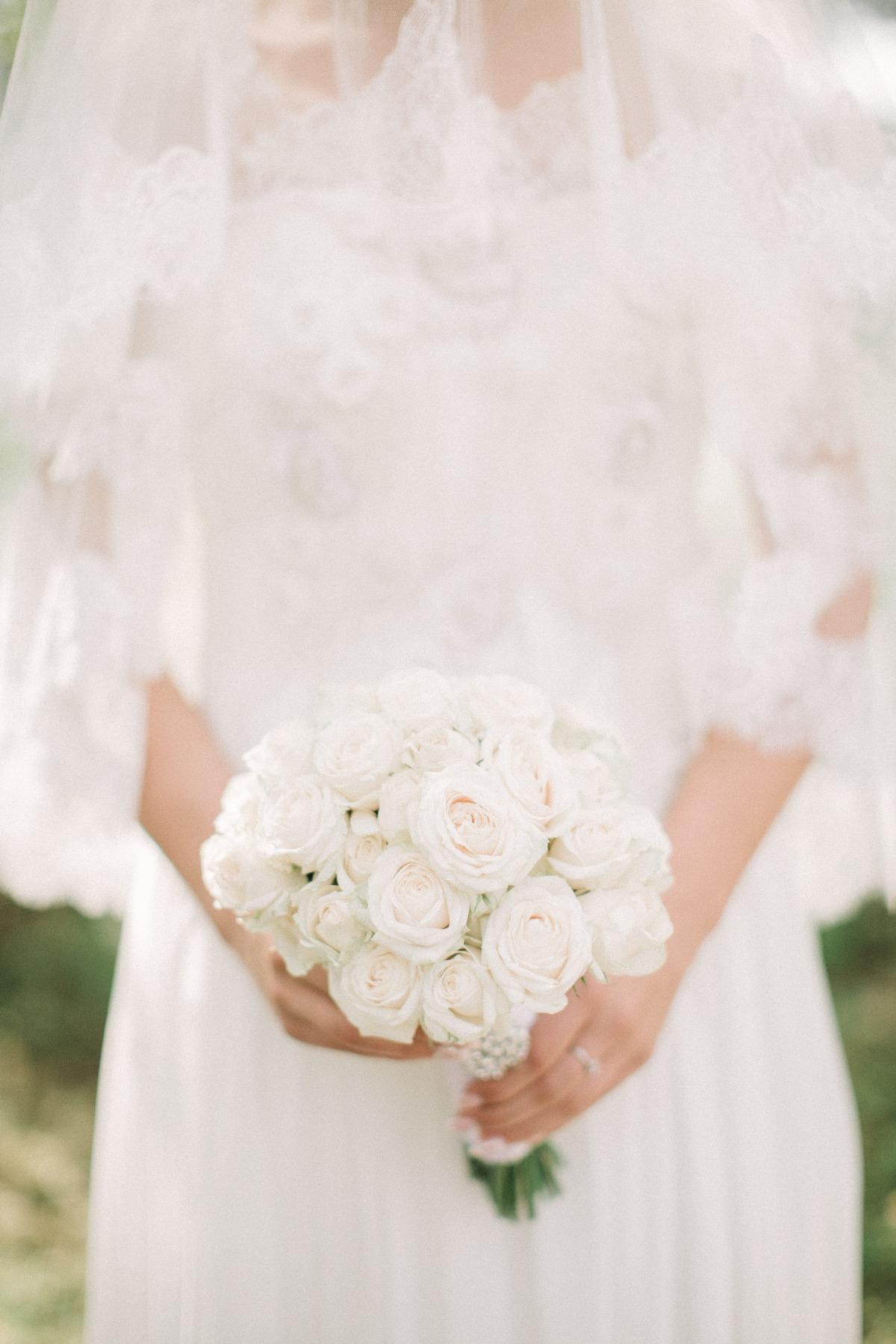 Bride Bouquet White.jpg
